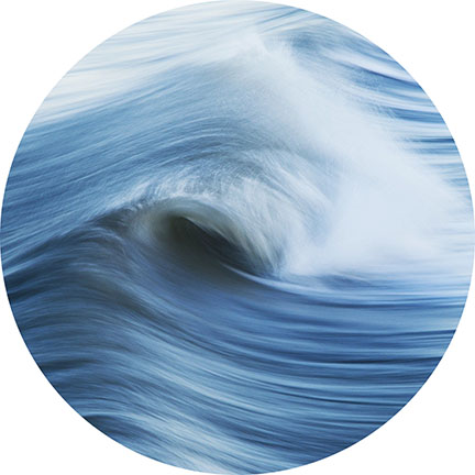 image of an ocean wave